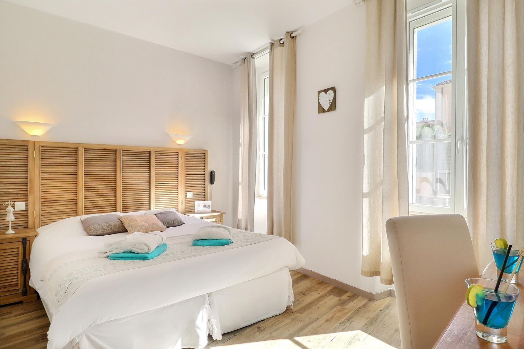 Chambres d 39 h tel confort fouras charente maritime grand h tel des bains et spa - Chambre des metiers charente maritime ...