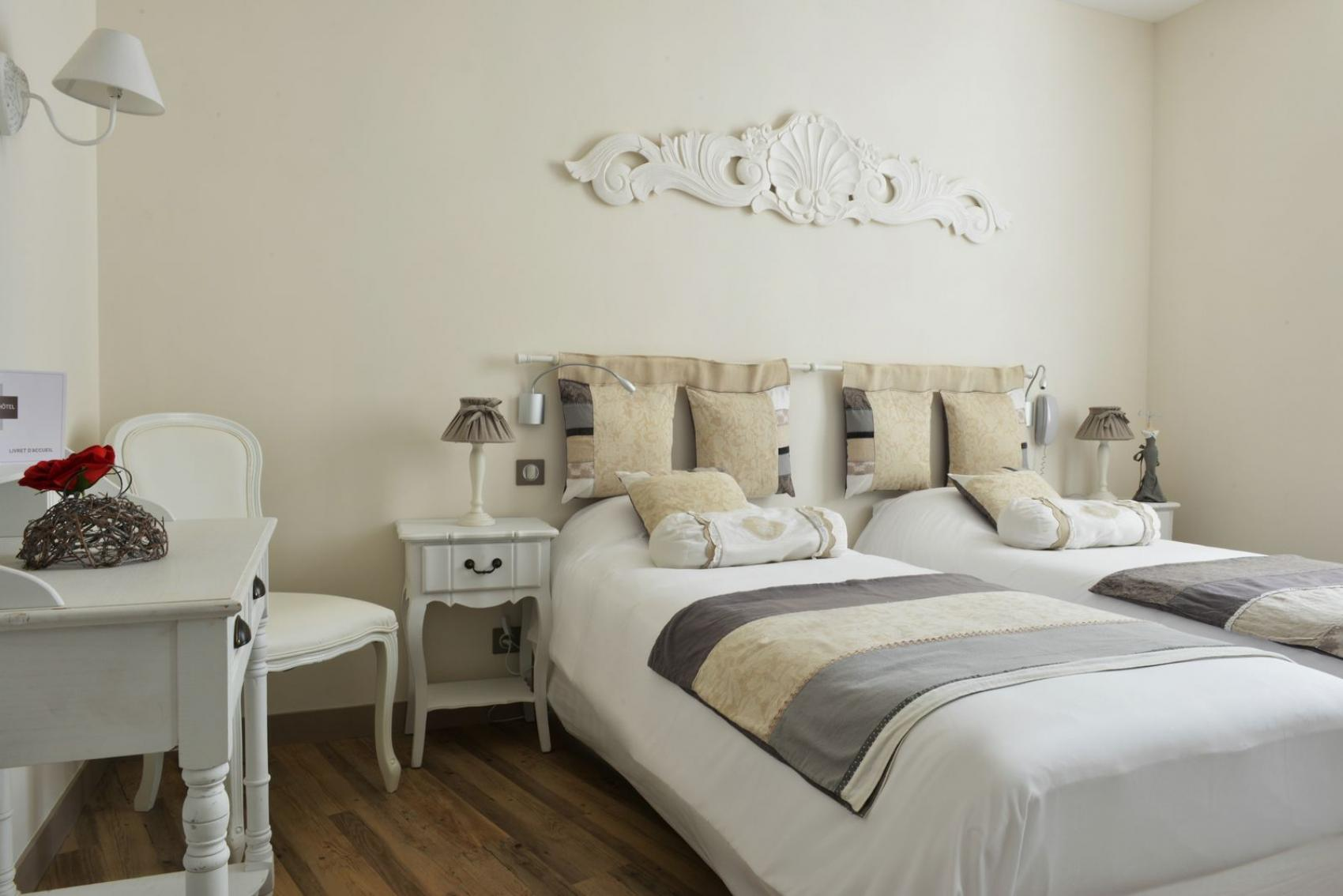 Chambres d 39 h tel fouras charente maritime grand for Hotel fouras grand hotel des bains